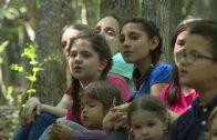 Pevajmo pesme svete – dečiji hor DUGA
